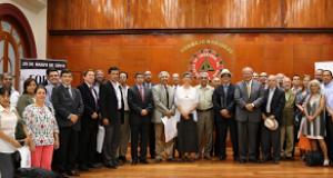 Rector de la UNI presenta a los dos candidatos presidenciales Declaración firmada por personalidades y los invita a exponer sus propuestas sobre universidad, producción y CTI